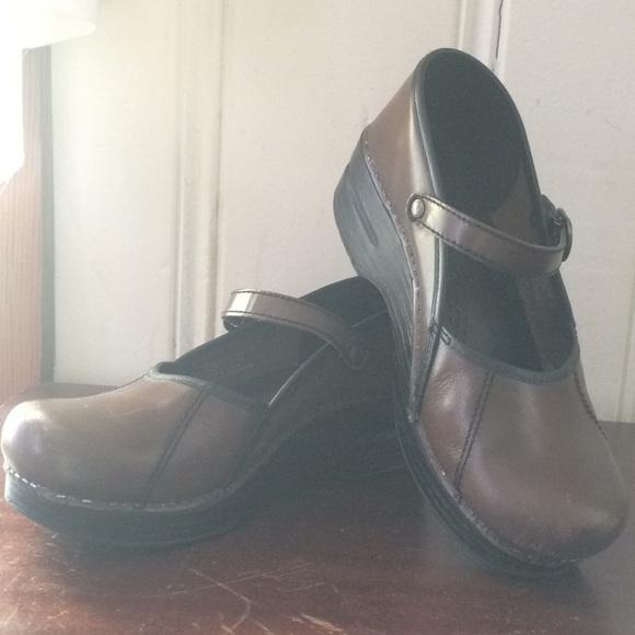 Dansko Shoes | Marcelle Size 38 | Poshmark